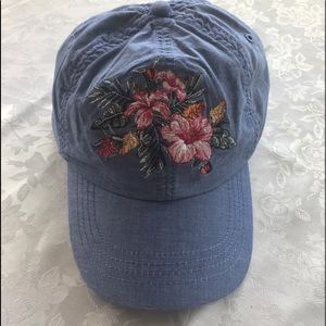 NWT Tommy Bahama women's cap, embroidered flowers